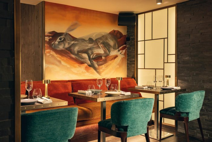 Ski and dine in the Swiss Alps