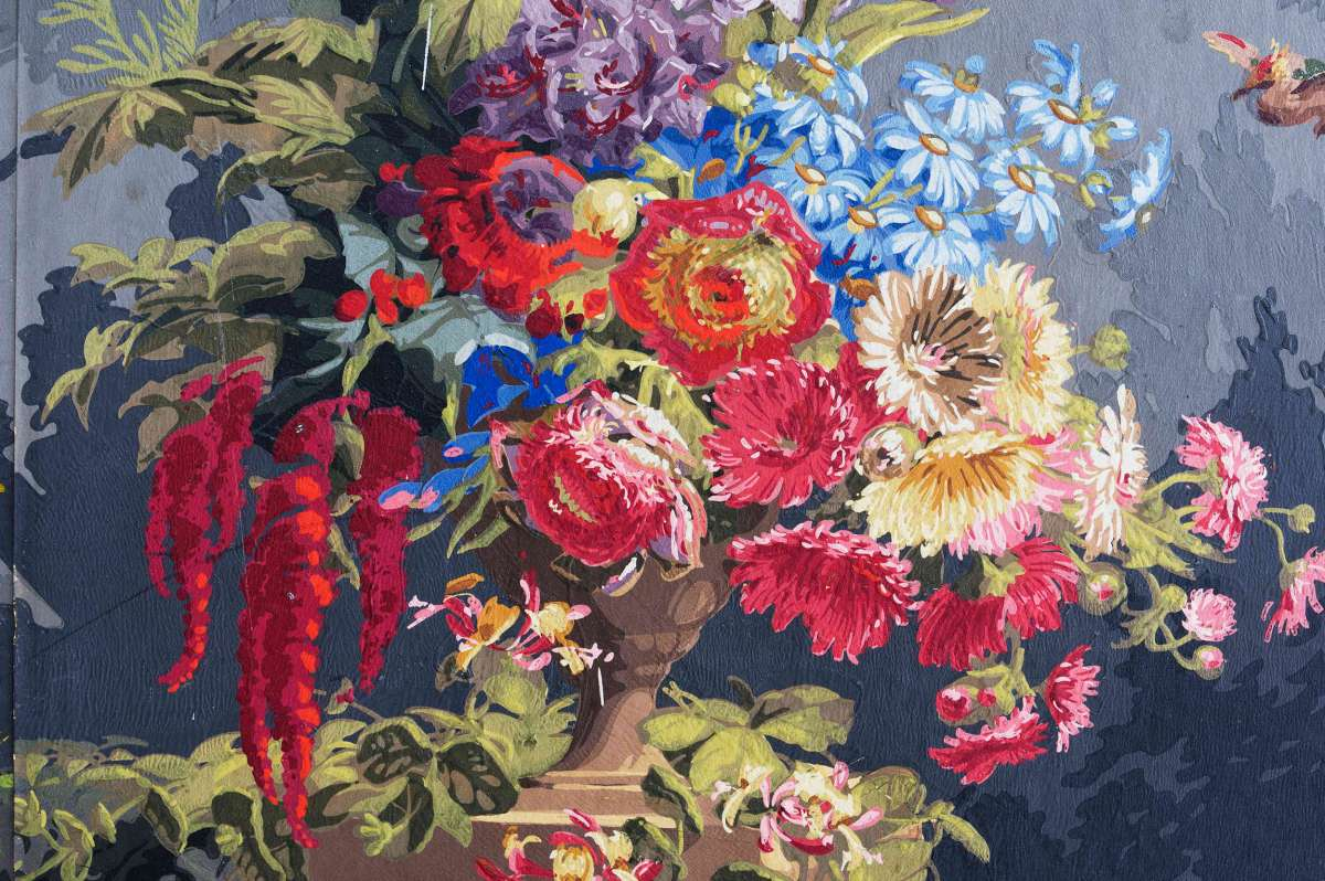 Colourful floral scene on wallpaper
